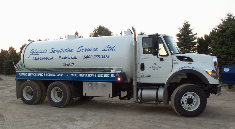 Septic Waste, Hauling Truck, Portable toilet, portable washroom, Johnson's Sanitation Service, Sink Rentals, Septic Services, Septic Tank Pumped, Construction, Parties, Special Events, Back Yard Gatherings